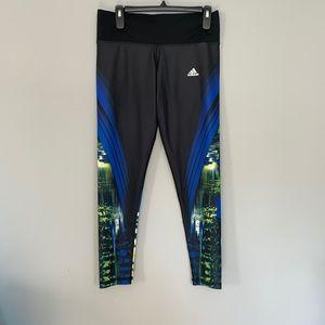 Adidas Techfit ILLUM print workout leggings. Sz M